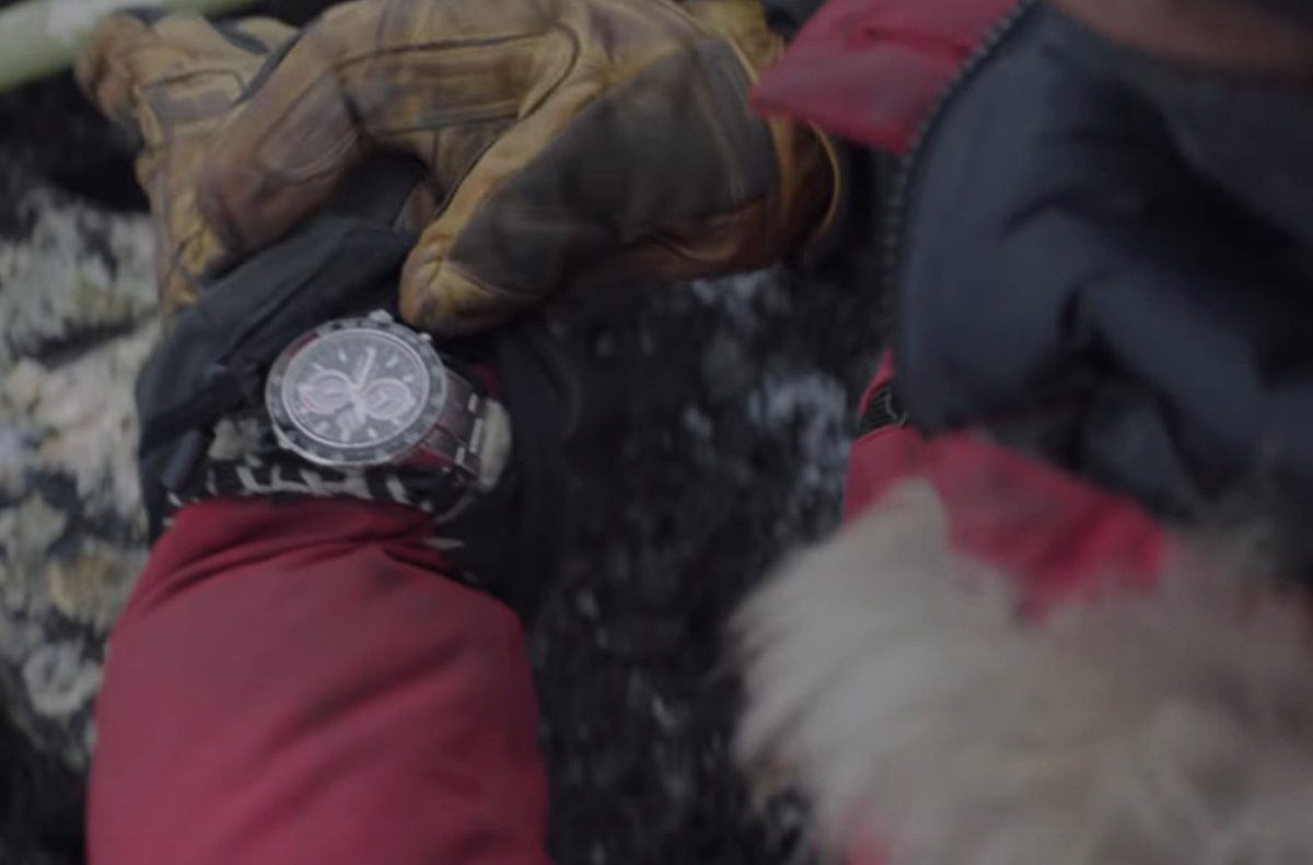 Mads Mikkelsen con SEIKO  DyyjsRgUUAAm-rS