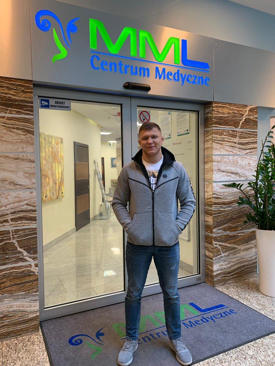 Stały pacjent @SkibaMMA melduje się w @Klinika_MML na naprawę kolana! Daniel od kiedy jest objęty opieką najlepszych w Polsce specjalistów wygrywa wszystko jak leci. I nie musicie się martwić, bo mistrza Babilon MMA zobaczycie w akcji jeszcze w tym półroczu! https://t.co/1Aq1haQXZy