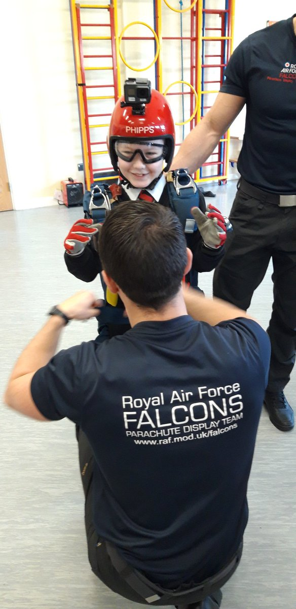 RAF Falcons visiting year 4 @MoredonPrimary today, talking about teamwork and resilience @ThePWAward.