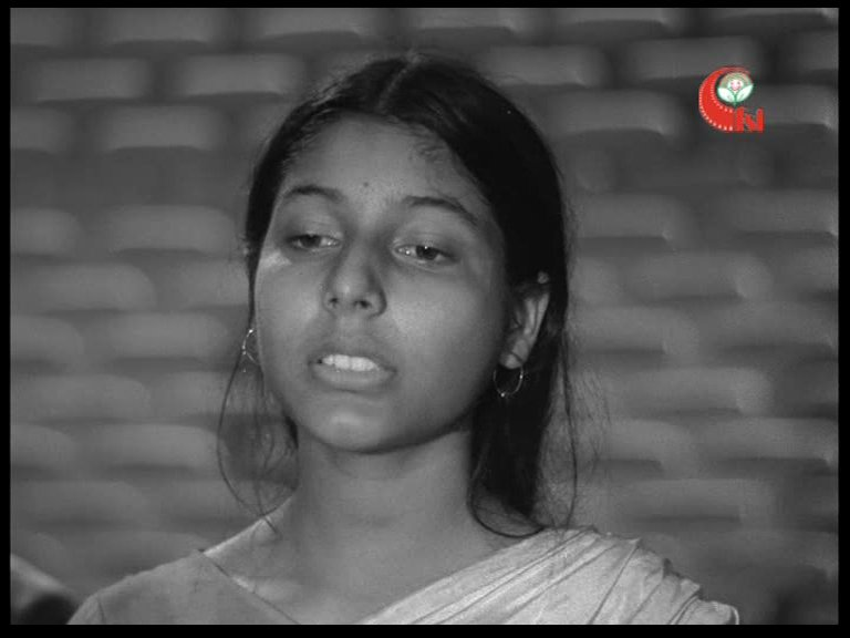 #मप्र_जनजातीय_संग्रहालय की बाल फिल्मों के प्रदर्शन की साप्ताहिक श्रृंखला #उल्लास में आज ख्व्वाजा अहमद अब्बास द्वारा निर्देशित बाल फ़िल्म 'भारत दर्शन' का प्रदर्शन हुआ 