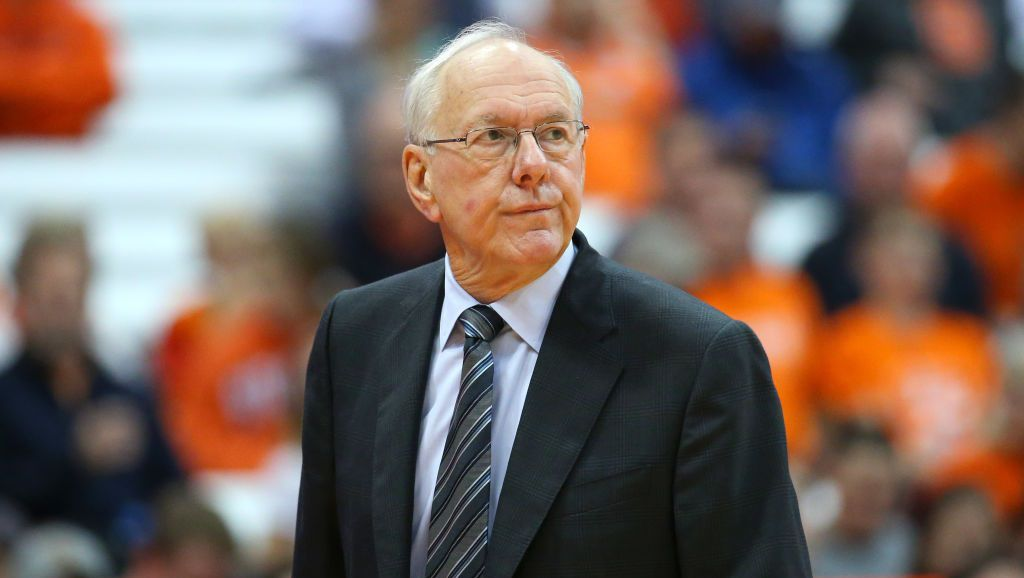 Syracuse basketball coach hit, killed pedestrian on highway, officials say https://t.co/drOfOfRn3V
