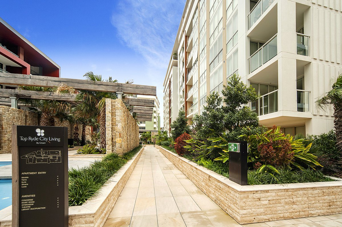 For Lease 706b 5 Pope St Ryde 1 Bedroom With Study