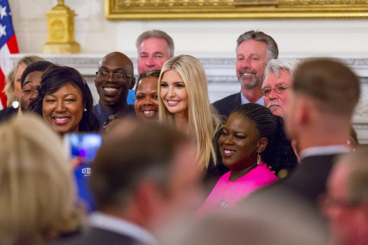 Yesterday, @IvankaTrump traveled to Duluth, Georgia, to visit the @UPS Integrad training facility near Atlanta.  UPS was on board with the Pledge to America's Workers from the start, committing to 51,750 opportunities for our workforce.  1600 Daily: http://45.wh.gov/5yKBD8