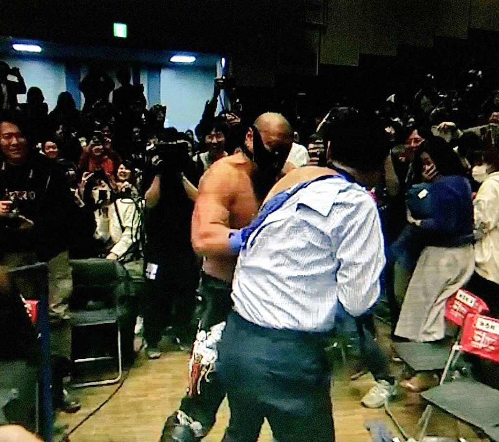 &quot;All that shit is coming off!!!&quot; #njroad #njpwworld #PuroHoots <br>http://pic.twitter.com/TDys24tjQa