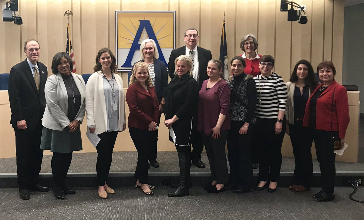 An awesome team from Carlin Springs Elementary presented on the success of the <a target='_blank' href='http://twitter.com/apscspr'>@apscspr</a> Parent-Teacher Teams and the difference they make for students and families at tonight's School Board meeting. 🎥 link: <a target='_blank' href='https://t.co/TvHaVJi2Yj'>https://t.co/TvHaVJi2Yj</a> <a target='_blank' href='http://search.twitter.com/search?q=teamworkmakesthedreamwork'><a target='_blank' href='https://twitter.com/hashtag/teamworkmakesthedreamwork?src=hash'>#teamworkmakesthedreamwork</a></a> <a target='_blank' href='https://t.co/blP1rjNe7z'>https://t.co/blP1rjNe7z</a>