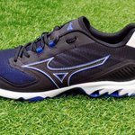 Image for the Tweet beginning: Featuring Mizuno's iconic 9 SPIKE®