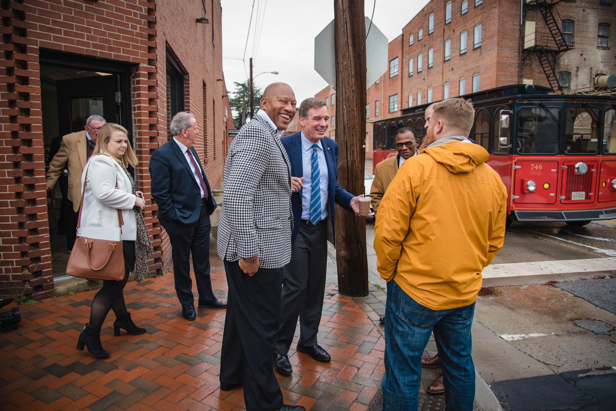 .@cityofdanville has gone from hard times to really one of the great Virginia success stories. Went for a great walk through the River District this morning and visited @BalladBrew, @MesBurgers, and other new small businesses.