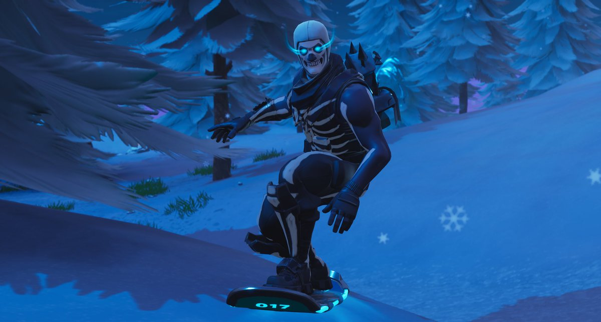 Skull trooper looking so fire  <br>http://pic.twitter.com/cGH04j589k
