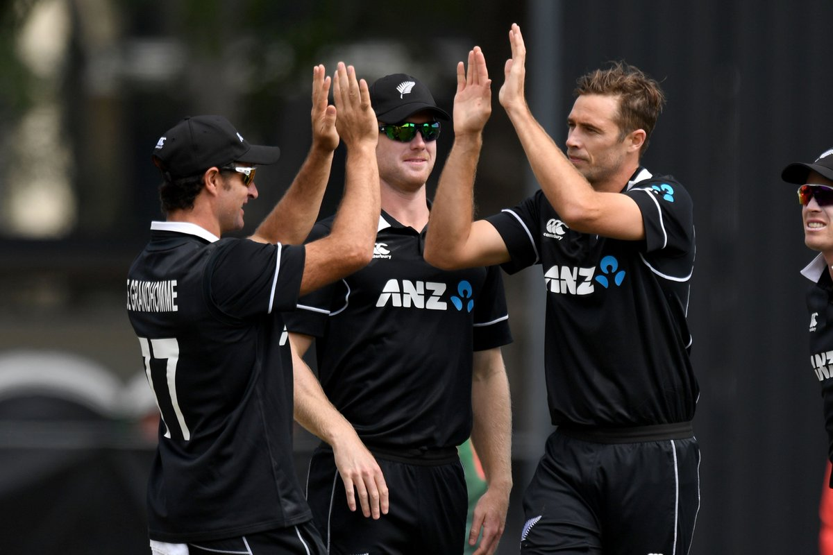NEW ZEALAND SWEEP SERIES 3-0  A brilliant 6/65 for Tim Southee, to go with a run-out. The paceman wraps up the Bangladesh innings, and New Zealand win the final ODI by 88 runs.  #NZvBAN SCORECARD ⬇️ http://bit.ly/NZvBan3
