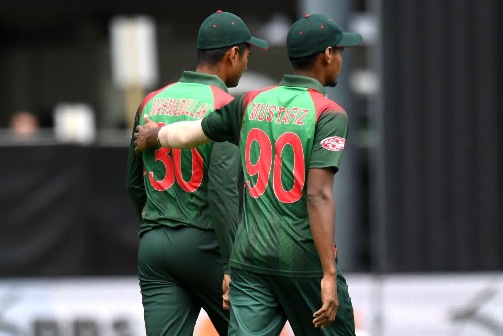 Carnage!  New Zealand plunder 101 runs off the last 8 overs, ending on 330/6.  Mustafizur Rahman conceded 93 from his quota!  Can Bangladesh chase this down?  #NZvBAN LIVE 👇 http://bit.ly/NZvBan3