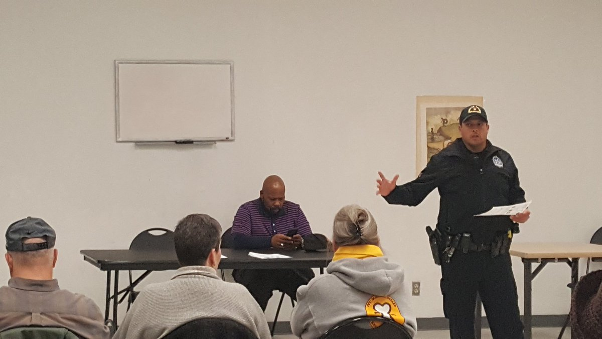 Thank you to K.B Polk Rec Center and Love Field West for hosting tonights crime watch meeting !!! @DallasPD @DPDMajorG