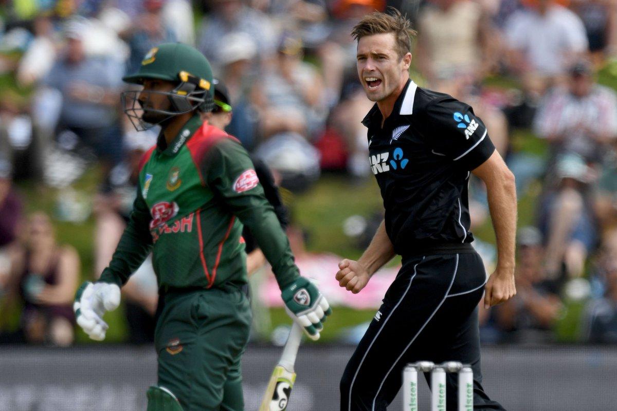 Tamim Iqbal ☝️ Soumya Sarkar☝️ Liton Das☝️  What a start for @BLACKCAPS! Tim Southee has already sent Bangladesh's top three batsmen back to the pavilion.  The visitors are 20/3 in six overs.   #NZvBAN LIVE ⏬ http://bit.ly/NZvBan3