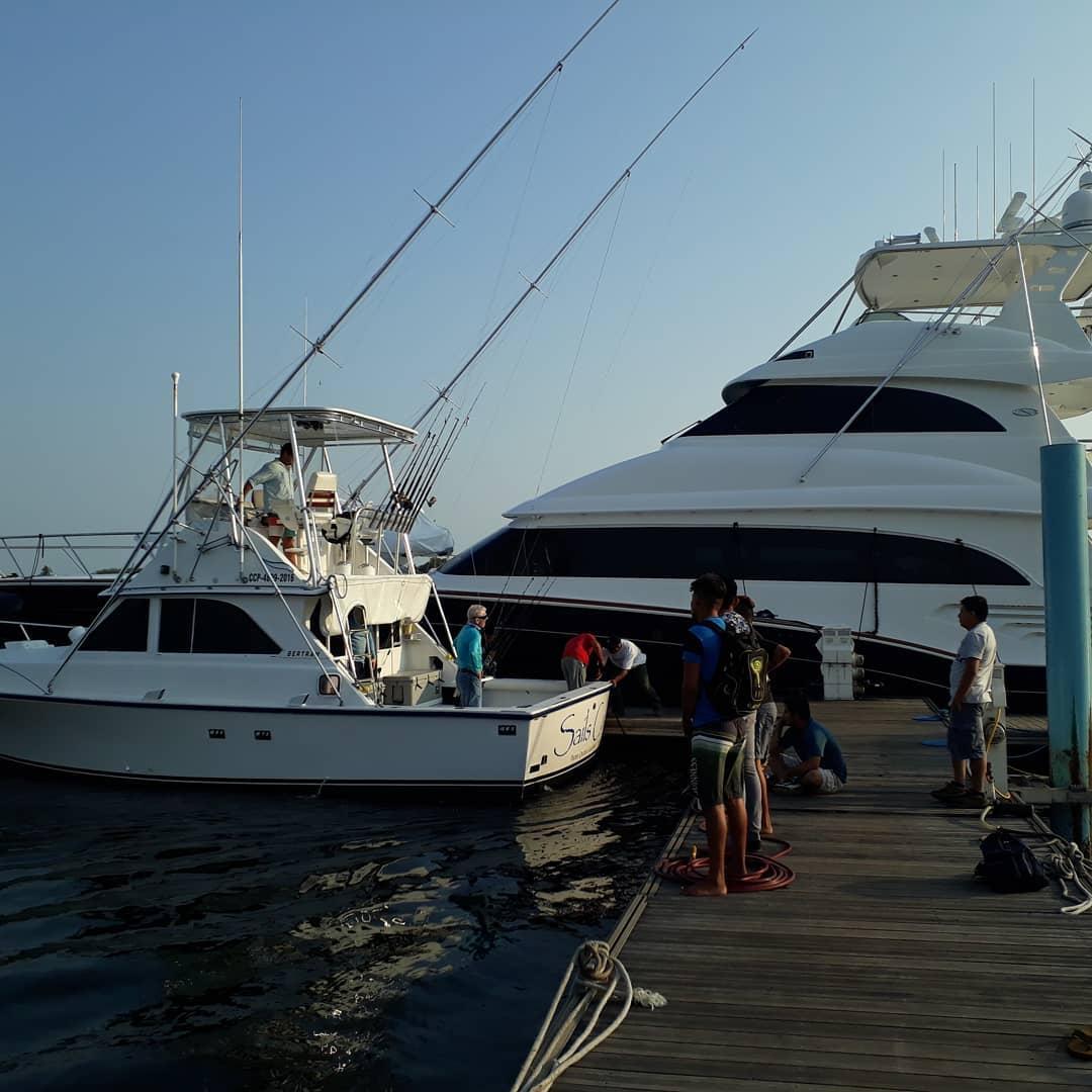 Guatemala - Sails Call went 13-16 on Sailfish.
