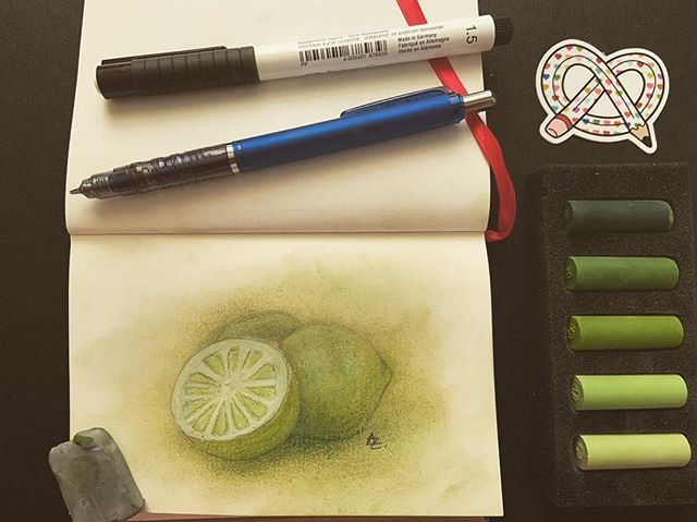 Repost from @alexzart89 ・・・ #february #artsnackschallenge #artsnacks #art #🎨 #artwork #green #lime  #rembrandtsoftpastels #fabercastellwhitepittpen #zebradelguardmechanicalpencil #fabercastellkneadederaser #stonehengekraftpaper https://ift.tt/2GArI41