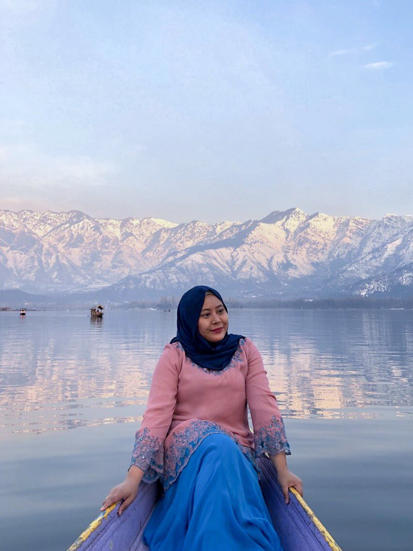 Hey guys! Kali ni dah kali ke berapa entah aku pergi India! So I want to clear out few places yang I went and I want to share to all of you experiences when in Kashmir and Delhi! Book your trip now, spring is coming! Tour agent Aina at your help 🇮🇳 kumpul 5pax and go! Tips A-Z!
