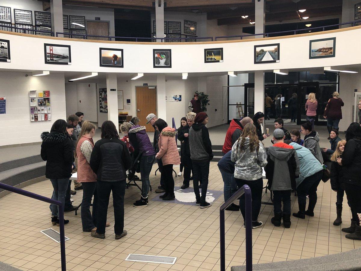 Parents and students signing the Rachel's Challenge @RachelsChalleng banner after the Bridger Valley Community event. Thank you Larry Scott in sharing Rachel's legacy with us. #MVHSBuffs #RachelsChallenge<br>http://pic.twitter.com/eP17KtMUip