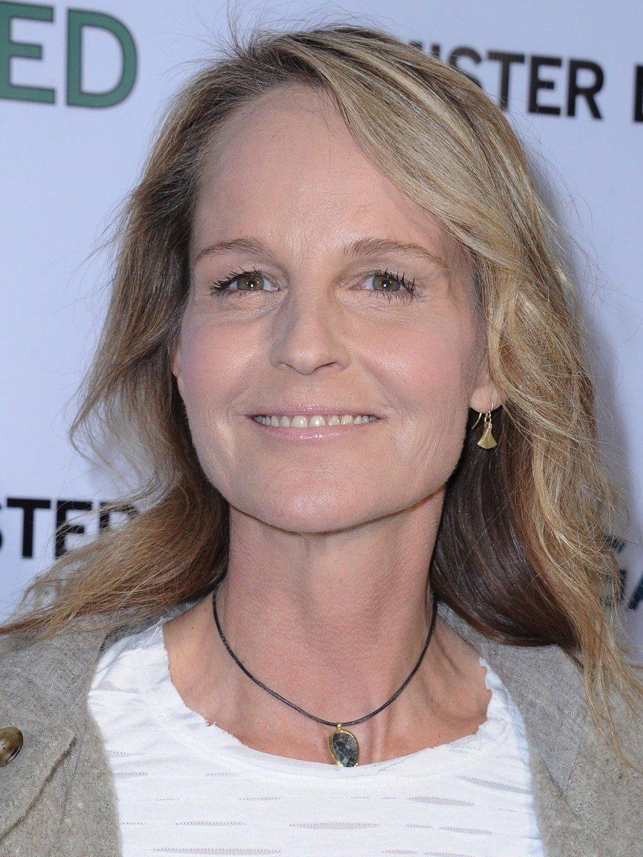 في 1998 هيلين هانت فازت كأفضل ممثلة في دور رئيسي عن دورها في  As Good as It Gets http://bit.ly/2GzXdLE