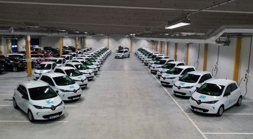 40 #RenaultZOE have been delivered to @sisab08, a leader company in school management in Stockholm. This will help them to electrify their operations, which includes 600 schools and corresponds to 200,000 students! ⚡🇸🇪🏫