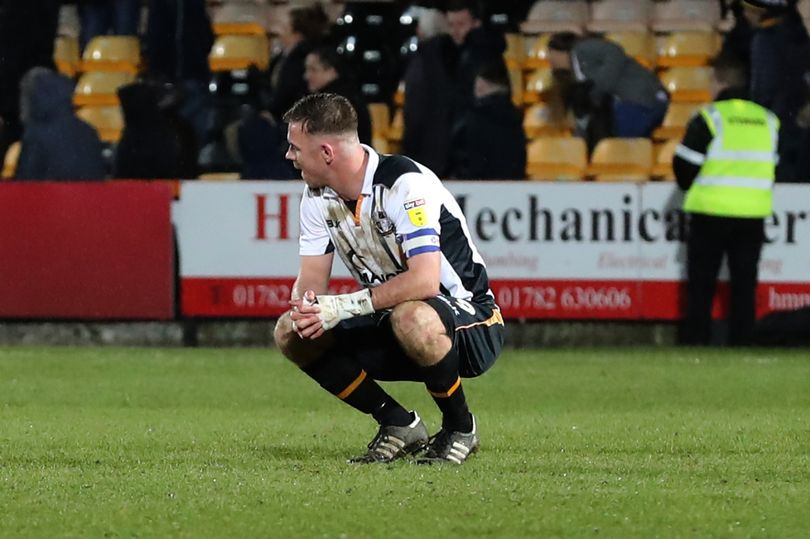 #PortVale 1, Tranmere 2: New Vale boss takes heart, despite his third defeat in three. #pvfc  https://www.stokesentinel.co.uk/sport/football/football-news/port-vale-tranmere-john-askey-2563197…