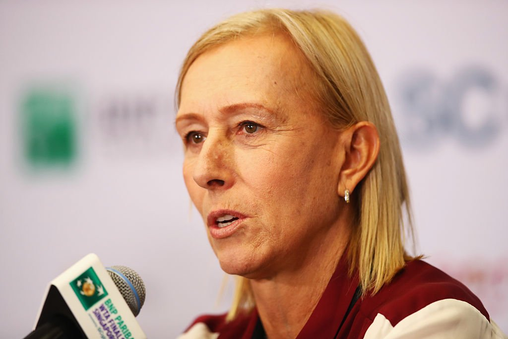 A US-based organisation that campaigns for LGBT sportspeople has cut its links with Martina Navratilova over comments she made about male-to-female transgender athletes.   Full story  👉 https://bbc.in/2tsCOQ7