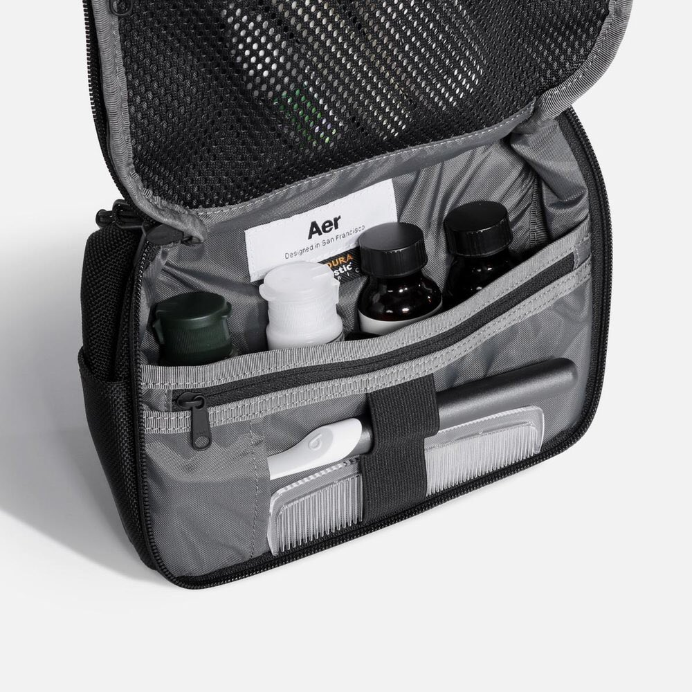 Aer  新作はもちろん、定番で完売していたモデルも多数入荷しております! 是非お早めのご来店を!お待ちしております! Aer Travel  Collection [Travel Kit ... 1f5d1bc578