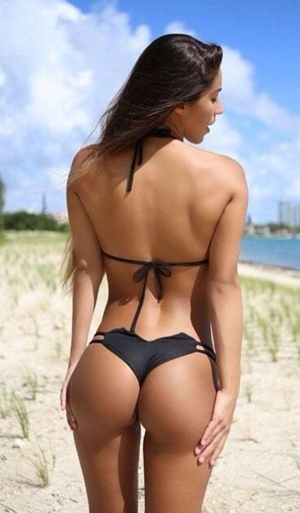 Nonnude Brunette Babe Shana Wearing Blue Bikini