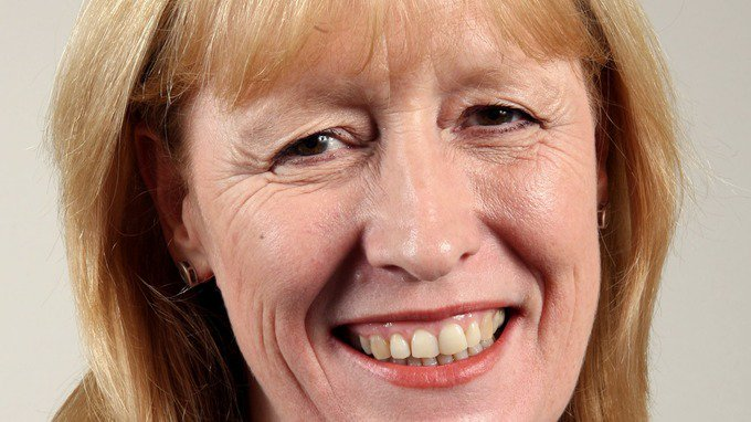 Four Tory rebel defections expected as Labour MP Joan Ryan becomes eighth MP to leave party.  Does this make an early general election more likely?  https://t.co/9zyoeyaXIb