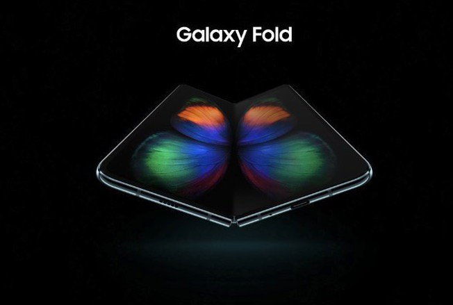 Leaked Renders Reveal Samsung's Foldable Phone Hours Ahead of Launch Event https://t.co/33EESdAC3G by @waxeditorial