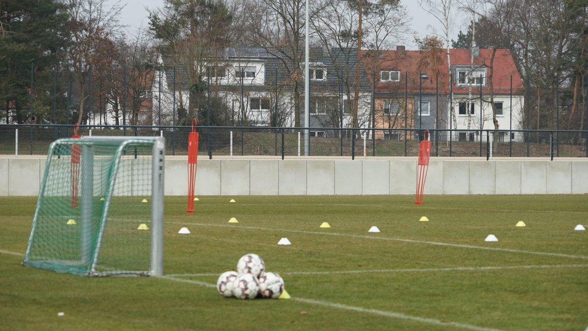 In wenigen Minuten startet die letzte öffentliche Trainingseinheit vor dem Spiel gegen @f95. #fcn