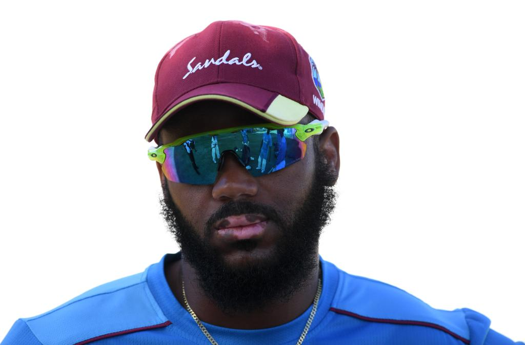 Windies win the toss and they will bat first in the first ODI of their series against England!  John Campbell and Nicholas Pooran make their ODI debuts for the hosts.  #WIvENG | FOLLOW ⬇️  http://bit.ly/WIvsEng4