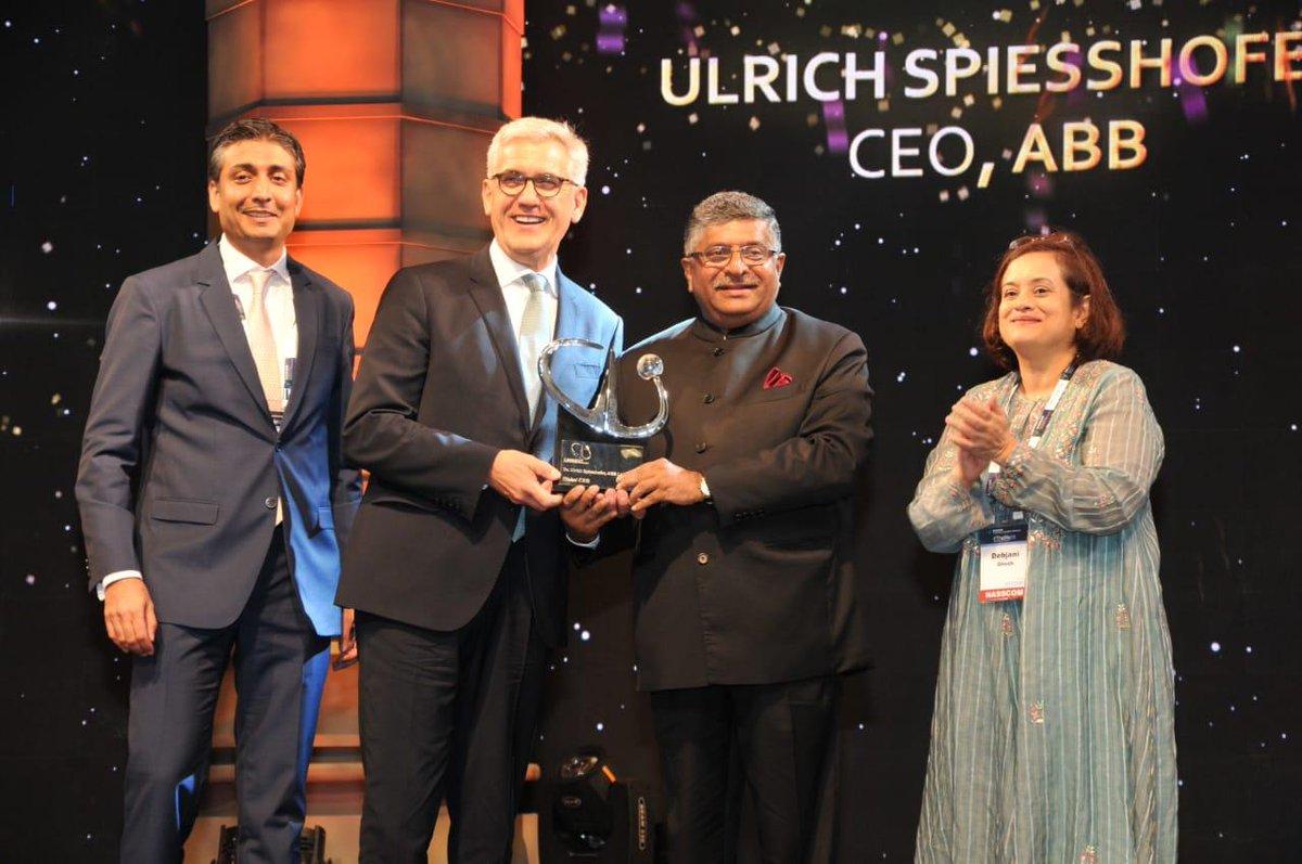 Union Minister @rsprasad giving away @nasscom Global Leadership Awards, at #NASSCOM_TLF in Mumbai today