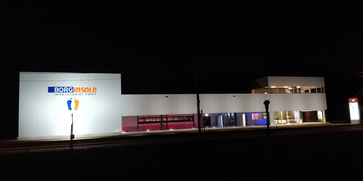 BORGinsole new production Building by night. Tnx to @MathieuGijbels https://t.co/3JC8ORrtTq