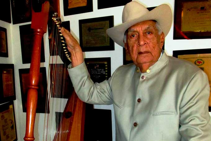 #20Feb Un día como hoy en 1917 nació nuestro Juan Vicente Torrealba el maestro hoy celebra 102 años de vida.  Gran músico y compositor venezolano y uno de los arpistas de mayor renombre que ha tenido Venezuela