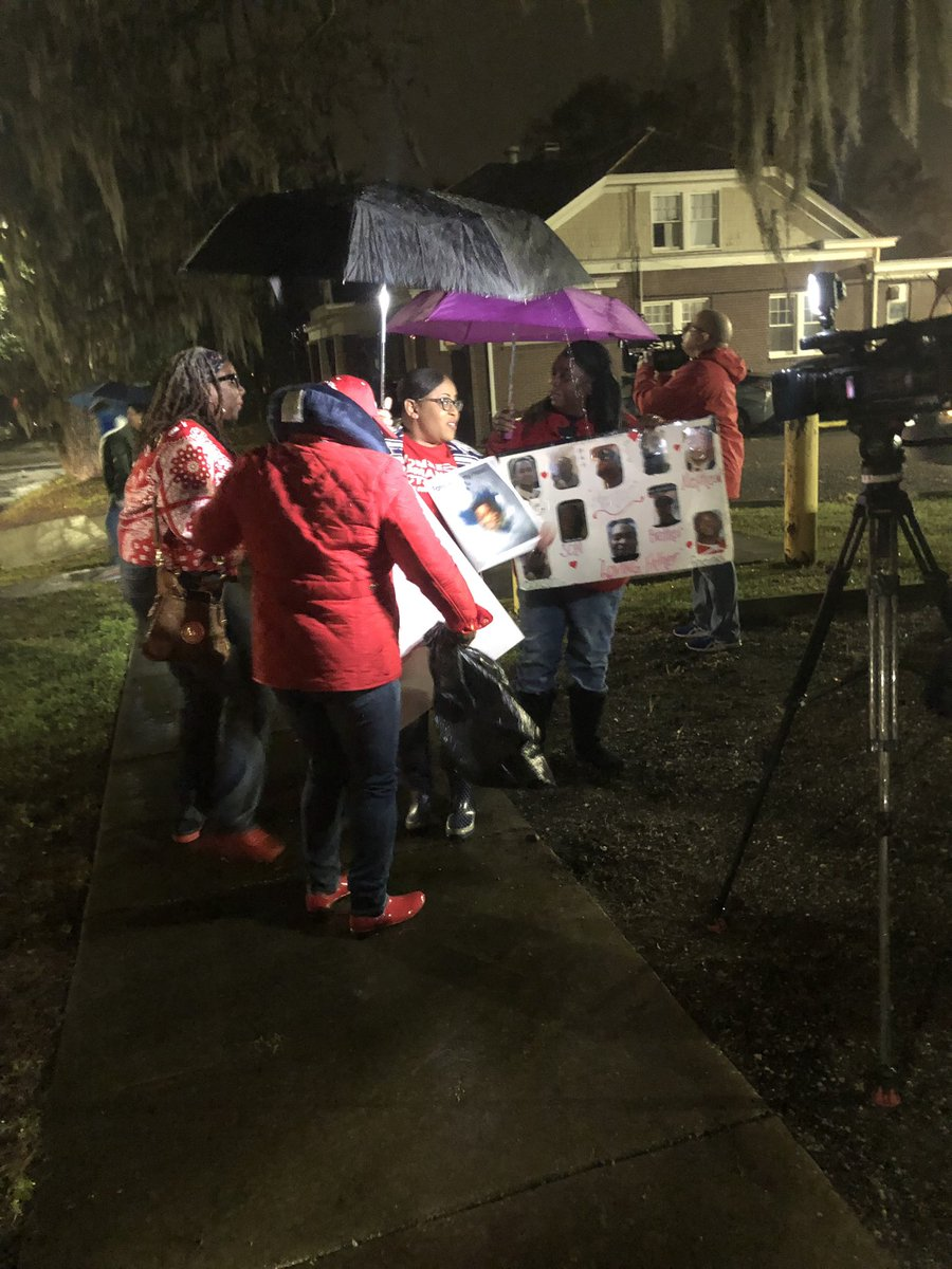 4:31 in the morning and @ForeverJaJuan_J and @mcginty_kerri are camera-ready, giving interviews in the pouring rain. Next stop, Atlanta. @MomsDemand @Everytown  #ExpectUs #gapol