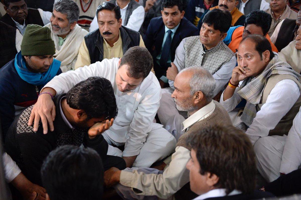 Shamli: Congress President @RahulGandhi ji General Secretary for UP East @priyankagandhi , & General Secretary for UP West @JM_Scindia ji meet family of deceased CRPF jawans Amit Kori & Pradeep Kumar who lost their lives in #PulwamaAttack  @priyankac19 @shahid_siddiqui @INCIndia