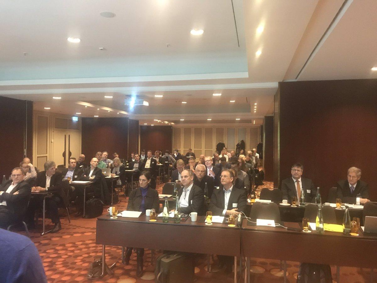 Spannende Diskussionen auf der gemeinsamen Sitzung der AKs Cloud  & Big Data zum Thema Multi Cloud-Management @Bitkom @Bitkom_BigData @Bitkom_DOffice @Bitkom_Software