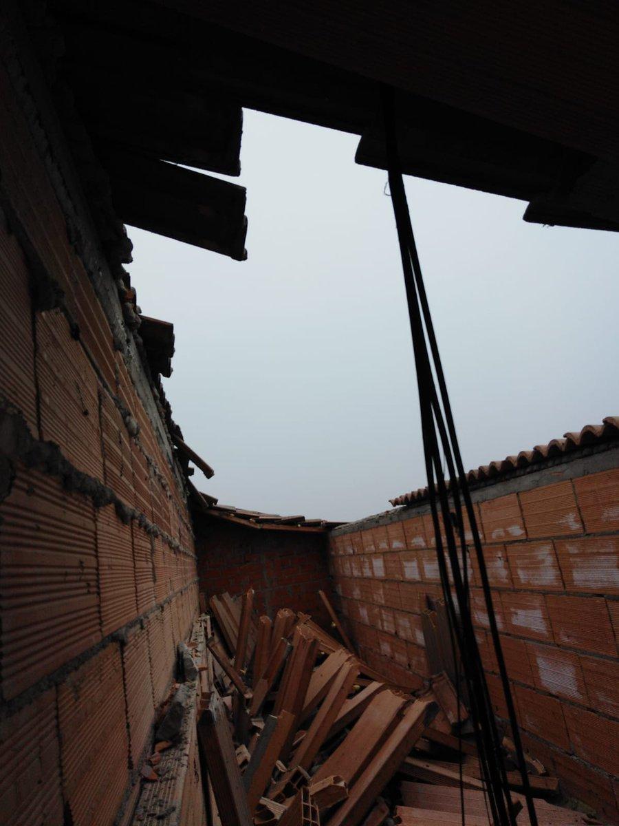 #Padova. Crolla il tetto dell'istituto alberghie...