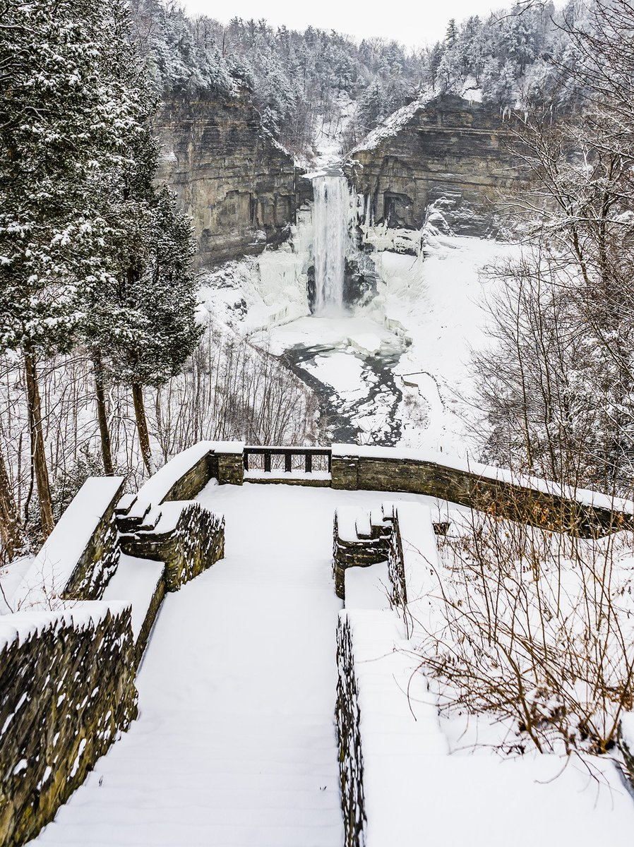 Snowy & Icy Taughannock Falls