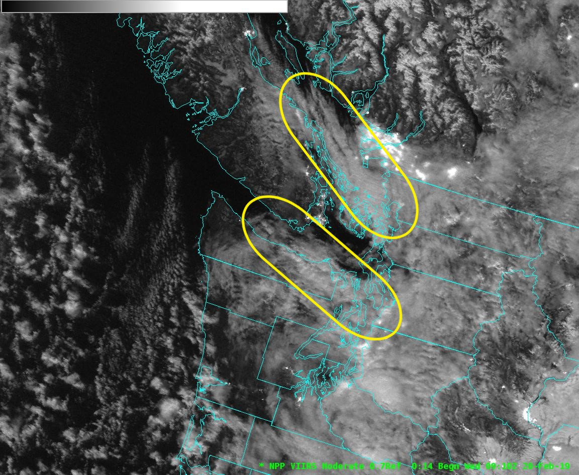 A duo of convergence zones in the moonlight. Though we're often familiar with the convergence zone created by the Olympic Mountains, earlier this morning the Suomi NPP polar orbiting satellite caught a pair of convergence zones that formed either side of Vancouver Island.  #wawx