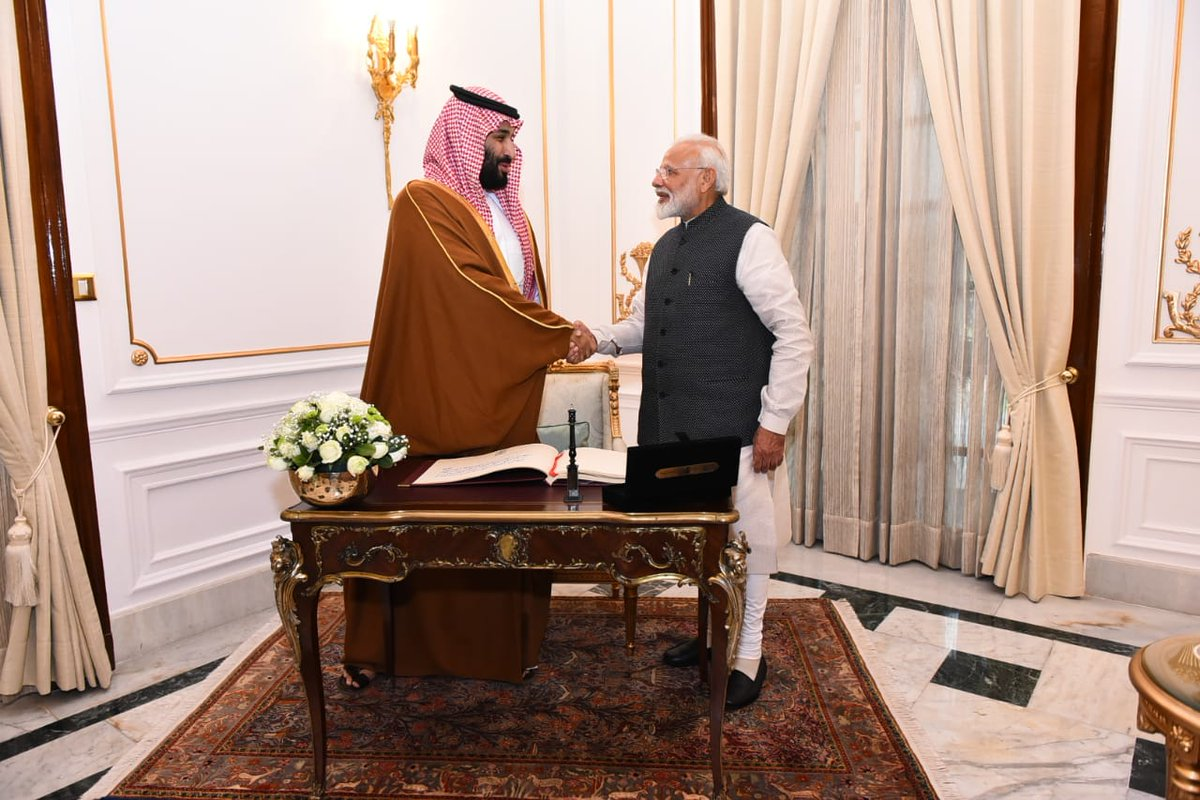 MEA: Saudi Arabia to invest $100 billion in India - a huge vote of confidence in the Indian economy. PM Modi welcomed the announcement by #SaudiCrownPrince to invest in areas like energy, refining, petrochemicals, infrastructure, agriculture, manufacturing, etc.