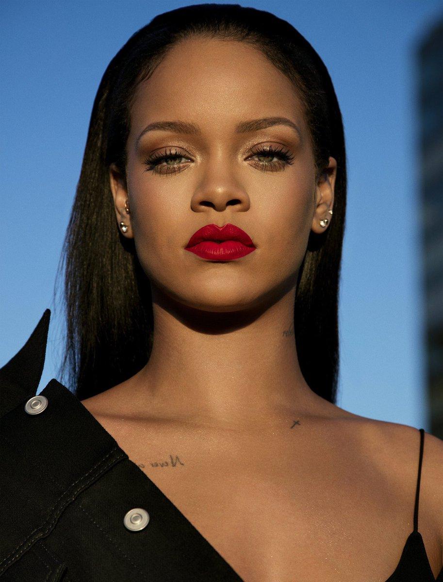 Happy 31st Birthday To @Rihanna 🎈🍷