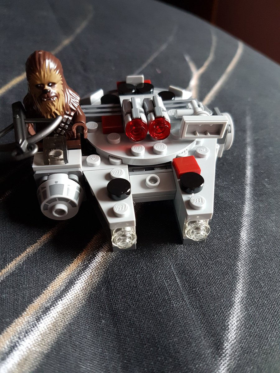 Another Star Wars Figure built, Millenium Falcon Microfighter