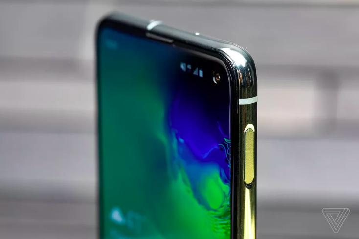 baef0be4 Samsung's Galaxy S10 has Wi-Fi 6 and faster LTE  https://www.theverge.com/2019/2/20/18232366/samsung-galaxy-s10-wifi-6-lte-speed  …pic.twitter.com/ZK1c6o7yea