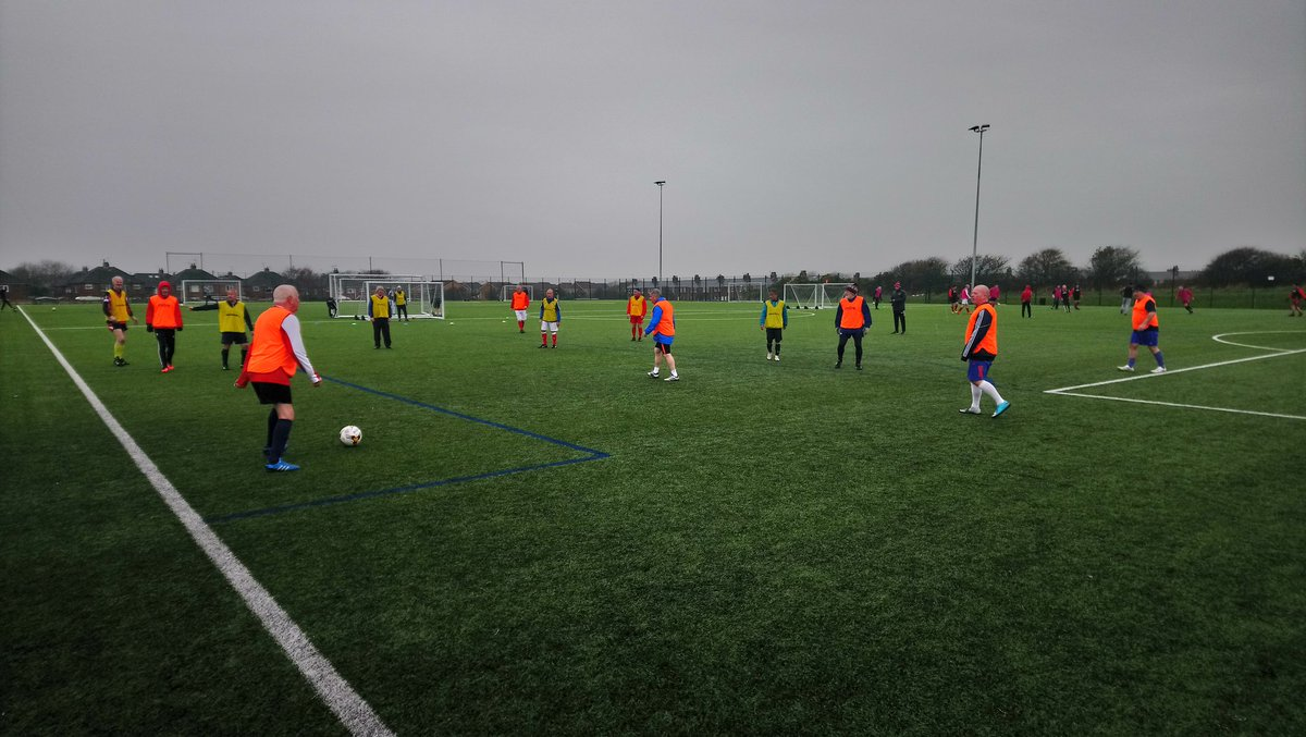 Absolutely SUPERB turnout at our Wednesday 12.30-2.00pm #WalkingFootball session @PoolfootFarm today! Over 30 players turned out in the pouring down rain!   4 teams across two pitches, well done everyone, fantastic!   #raindoesnotstopplay #flyerslovetheirfootball <br>http://pic.twitter.com/m0qmK774SL
