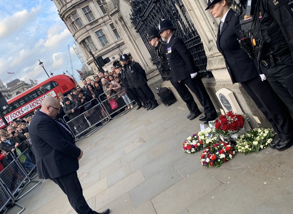 Chairman Ken Marsh lays a wreath today as the Police Memorial to PC Keith Palmer GM is unveiled in Parliament