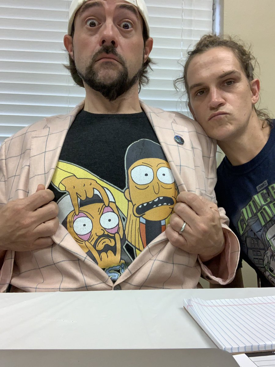 Wanna wear this amazing jay & silent bob mashup shirt? has you