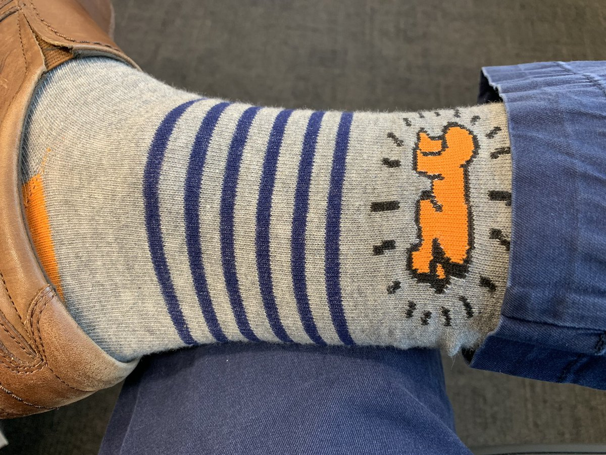 A new addition to my #SockGame options that I know @Mike2600 will appreciate. #KeithHaring<br>http://pic.twitter.com/F6SlyMYAGn