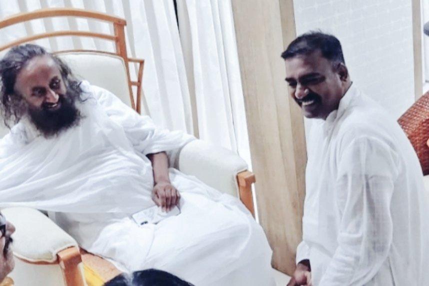 With my dearest #Gurudev @SriSri ji in #Kollam  #SriSriInKerala