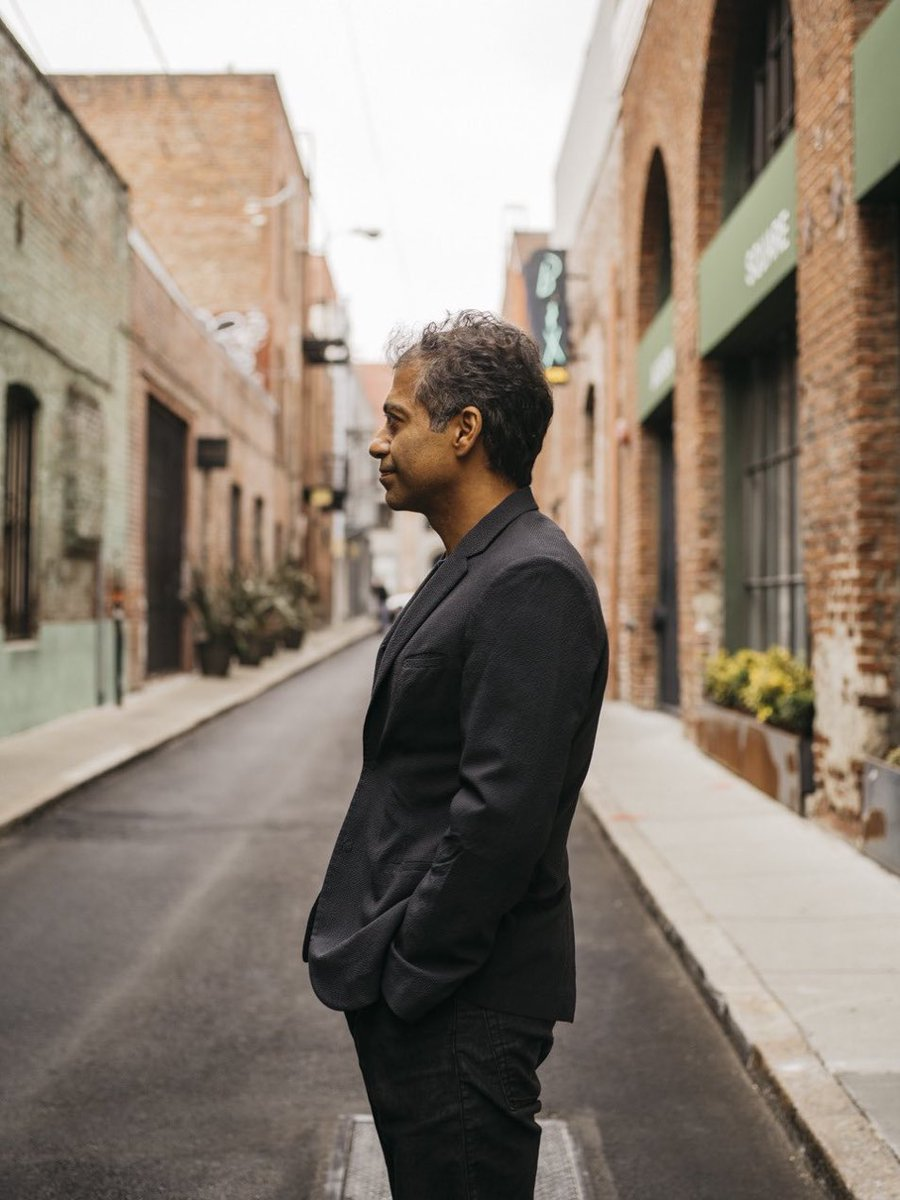 The ideal school would teach health, wealth and happiness. It'd be free, self-paced and available to all. It'd show opposing ideas and students would self-verify truth. No grades, no tests, no diplomas—just learning.  Actually, you're already here. Careful who you follow. —@naval