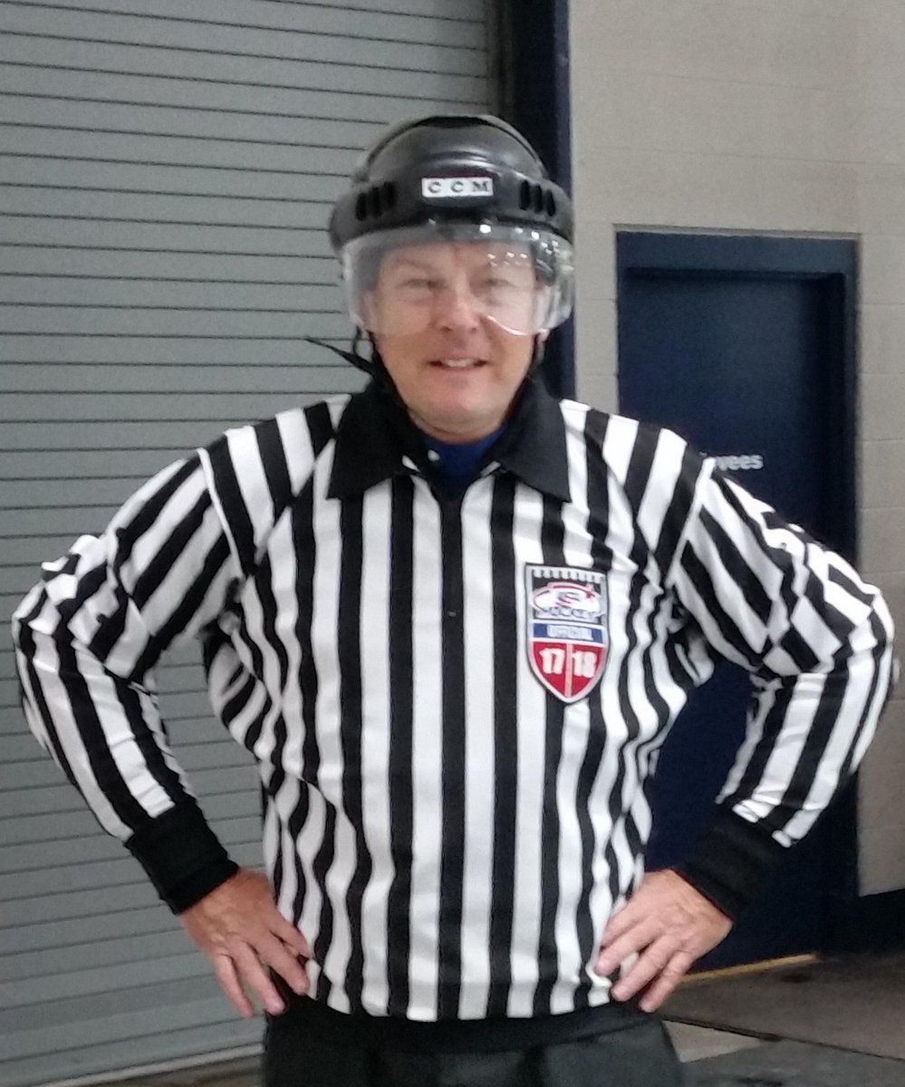 Ken Warkentin is a highly-respected, well-known track announcer at the Meadowlands horse racing track in East Rutherford, New Jersey.  He also happens to love hockey, and recently made the jump into officiating. → https://t.co/Mz6sfCT1iP  #SaluteToOfficials |  #HWAA